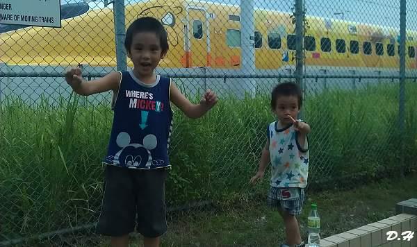 高鐵卡通歡樂列車