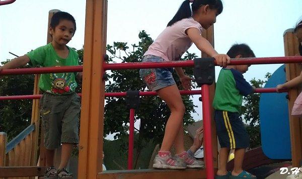 兒童島上人滿為患